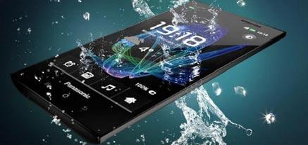 panasPanasonic-Eluga-Water-Resistant-Phone